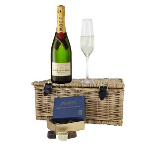 Moet & Chandon with Chocolates Hamper